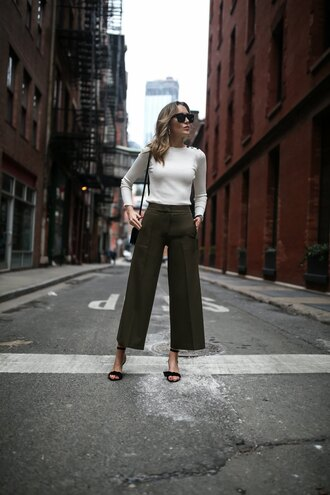 memorandum blogger pants sweater shoes bag sunglasses jewels green pants sandals high heel sandals spring outfits
