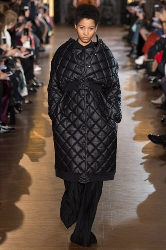 jacket coat winter outfits winter jacket fashion week 2016 stella mccartney runway model paris fashion week 2016