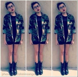 jacket camo jacket camouflage black black boots boots military boots red lime sunday
