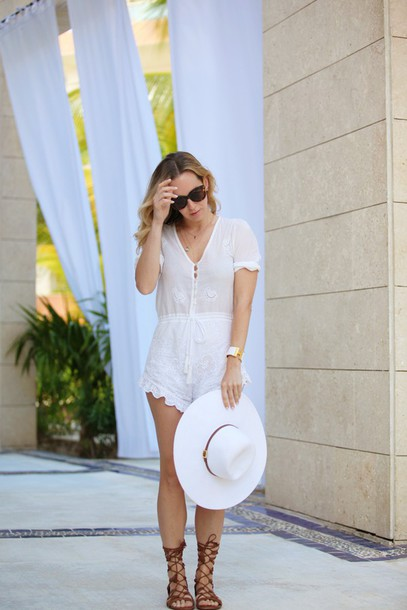 brooklyn blonde blogger romper hat shoes jewels sunglasses