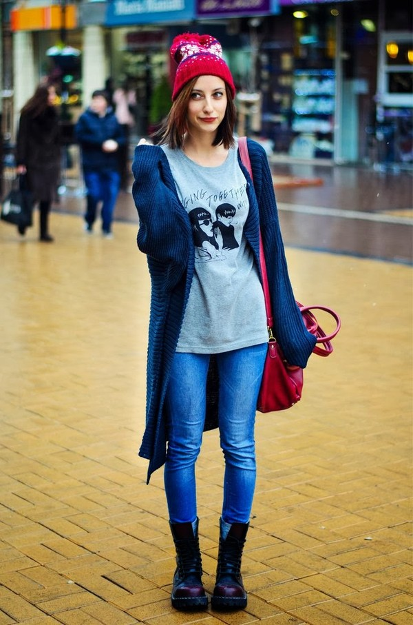 beauty insanity sweater shoes t-shirt