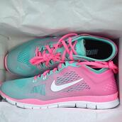pastel sneakers,pastel,sneakers,nike sneakers,nike running shoes,sports shoes,turquoise,pink sneakers,bright sneakers,ombre,ombre sneakers,shoes,nike pink teal 5.0 trainer,nike,nike running shoes pink blue,nike running shoes pink teal,nike free run,nike shoes womens roshe runs,nike shoes,cotton candy,running,fitness,socks,hehe,light blue,jogging shoes,running shoes,shoes pink aqua,blue shoes,fashion,colorful,pink shoes,mint,rose,pastel mint,blue and pink,home accessory,pink and mint,pink,pink and mint green white at t the b bottom,ombré kicks,bag,blue bag,pink blue nike freeruns,blue,ombre shoes,nike free run 5,pastel blue,pastel pink,run,pink turquoise