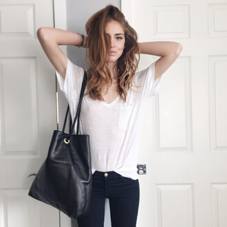 bag tumblr black bag shoulder bag t-shirt white t-shirt jeans black jeans chiara chiara ferragni the blonde salad top blogger lifestyle blogger