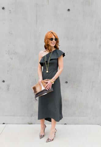 themiddlepage blogger jewels dress shoes bag