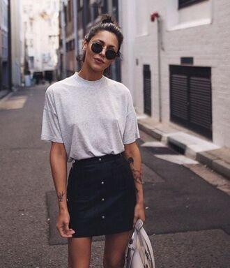 skirt blogger sunglasses plain white t-shirt button black skirt