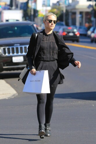 dress fall outfits dianna agron black jacket