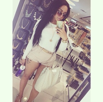 bag purse wallet shorts khaki pants nude creme white top clothes shoulder bag accessories style necklace