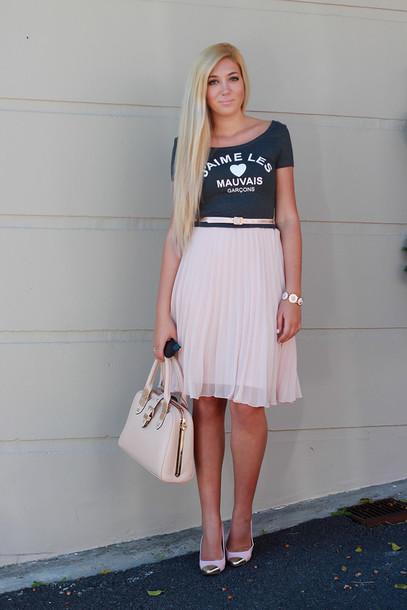 superficial girls top skirt belt shoes bag jewels