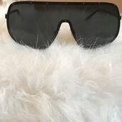 sunglasses,noire la,vue boutique,oversized,aviator sunglasses,black sunglasses,black oversized sunglasses,oversized sunglasses