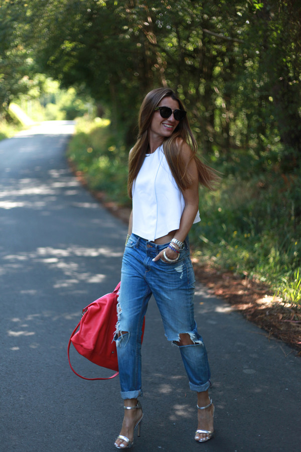 b a r t a b a c top jeans bag shoes jewels sunglasses