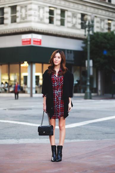 blogger bag cardigan shirt tsangtastic black boots