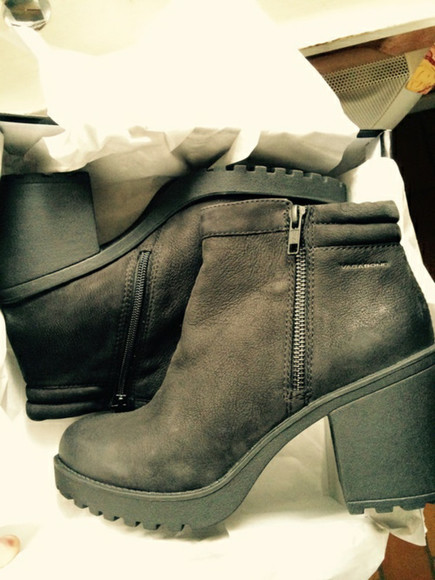 rock grunge indie boots black booties classy leather boots tumblr shoes weheartit girl