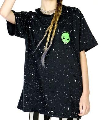 shirt alien green space astronomy black girl