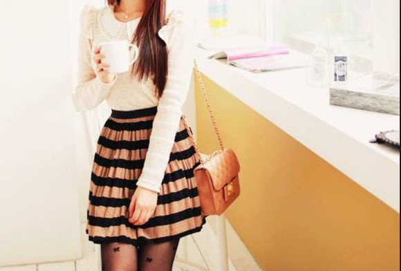 blouse stripes fashion bag winter outfits skirt winter clothes vintage socks