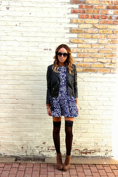 blogger sunglasses the whiskey wolf tights stockings floral dress