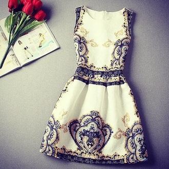 dress vintage classy floral confident