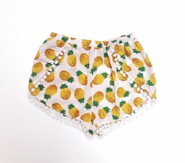 shorts pineapple