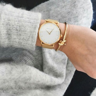 jewels sweater cute watch reloj bracelets gold watch accessory jewelry time minimalist jewelry cardigan grey gold watch tumblr hand jewelry larsson and jennings beige montre beautiful elegant winter outfits winter swag parfait. parfaite girly girl girly wishlist women lovely accessories