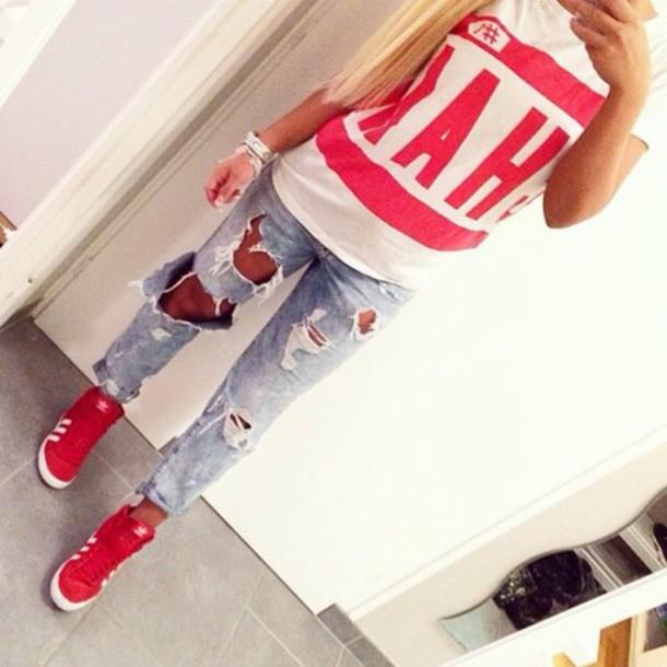 t-shirt red white