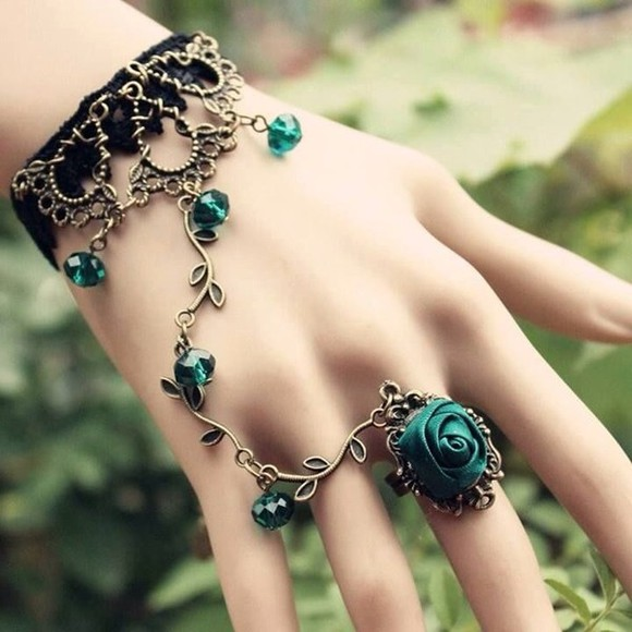 rose jewels connected ring and bracelet green