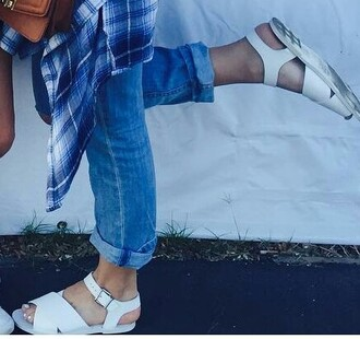 shoes sandals white sandals cross over cute sandals tumblr sandals cute white white shoes flat sandals small heel