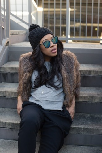 mattieologie blogger black beanie pom pom beanie faux fur jacket black pants mirrored sunglasses swag winter swag sunglasses sunnies glasses