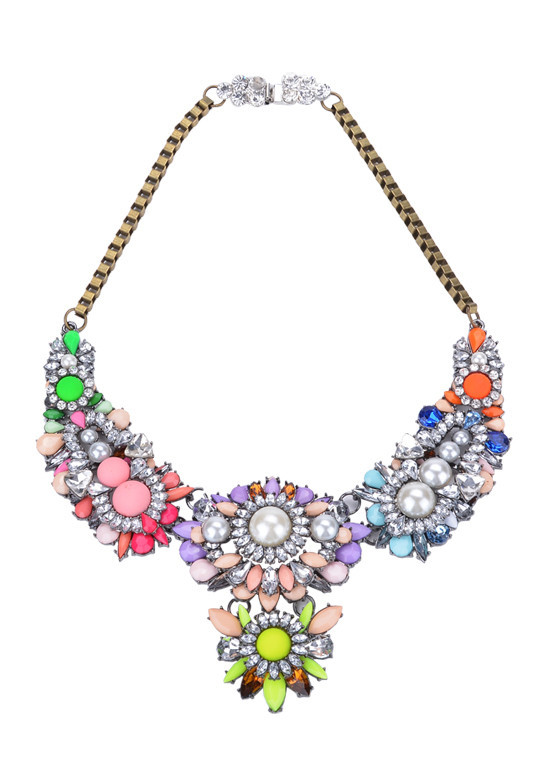 Sinth Bouquet Necklace | Outfit Made