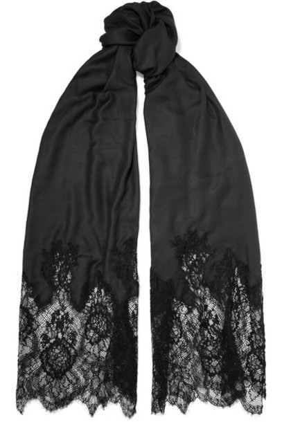 scarf lace black