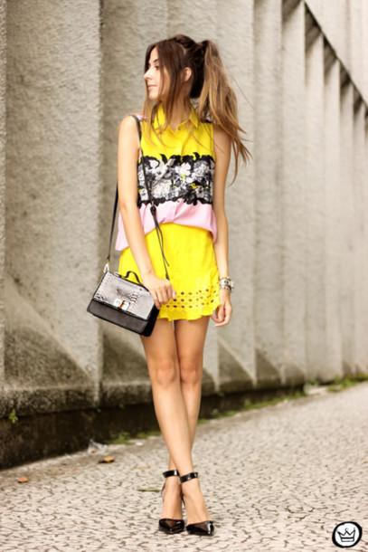 fashion coolture blogger shirt skirt yellow skirt