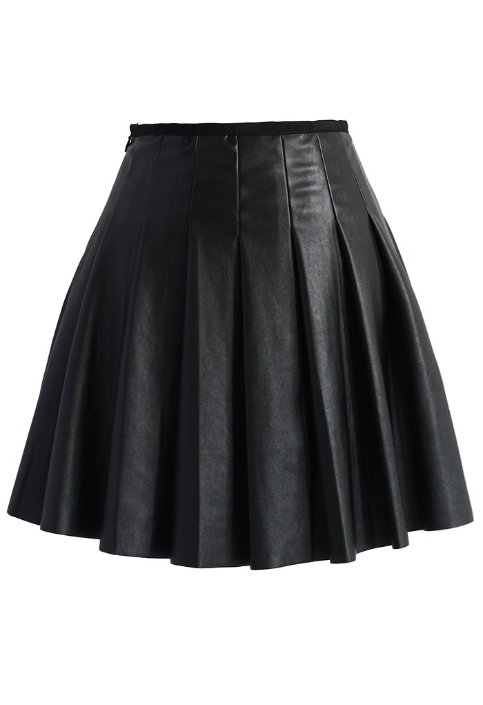 Box Pleats Faux Leather Skirt in Black - Retro, Indie and Unique Fashion