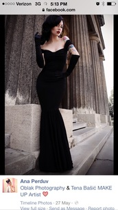 off the shoulder black mermaid style yle,dress,long dress,prom dress,black,black dress,long prom dress,velvet dress,velvet prom dress,sexy dress,mermaid prom dress,sleeves,must haves