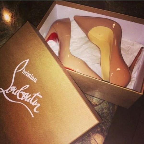shoes louboutin zendaya camel heels