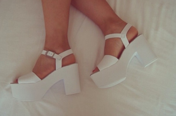 shoes wedge heel white clothes windsor smith chunk