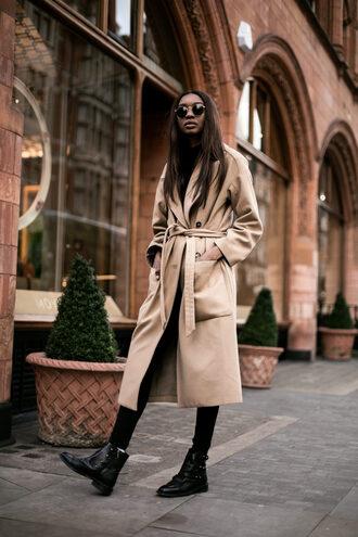 bisous natascha blogger sunglasses coat leggings shoes