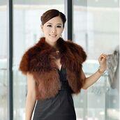 top,brown vest,brown faux fur,faux fur vest,standing collar,cropped vest,www.ustrendy.com