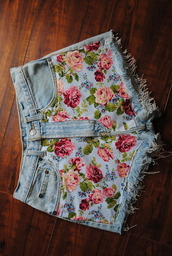 shorts,floral,flowered shorts,frayed,denim,floral print shorts,frayed shorts,denim shorts,cute,floral denim,cut off shorts,light blue,weheartit,outfit,pink,lovely,beautiful,summer,clothes,flowery shorts,flowers,summer outfits,summer must have,summer essential,bottoms,hot pants,becky g,roses,pants,flower hotpans,nice,jeans,style,blue,lightblue denim,light denim,tumblr,hipster,indie,pretty,shot,rose,summer shorts,beach,girly