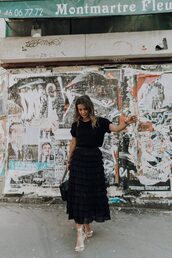 skirt,midi skirt,black skirt,sandals,sandal heels,high heel sandals,t-shirt,black t-shirt,all black everything,bag,shoes