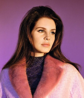coat lana del rey pink coat fluffy classy celebrity style
