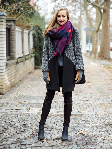a cup of style blogger coat gloves blanket scarf chelsea boots winter outfits