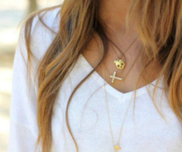jewels neckleace cross skull gold like
