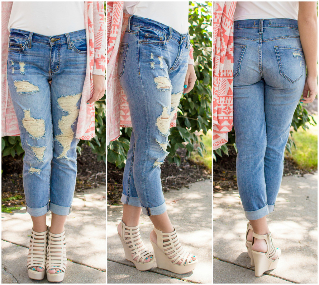 Wash Distressed Boyfriend Jeans | uoionline.com: Women's Clothing ...