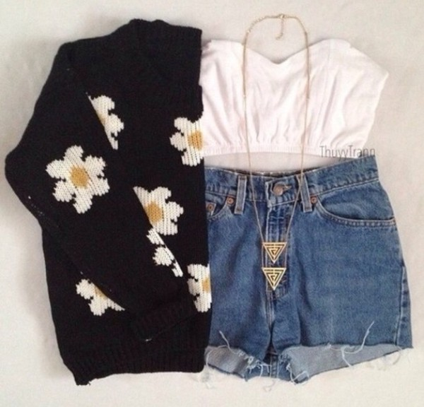 sweater blouse shorts jewels