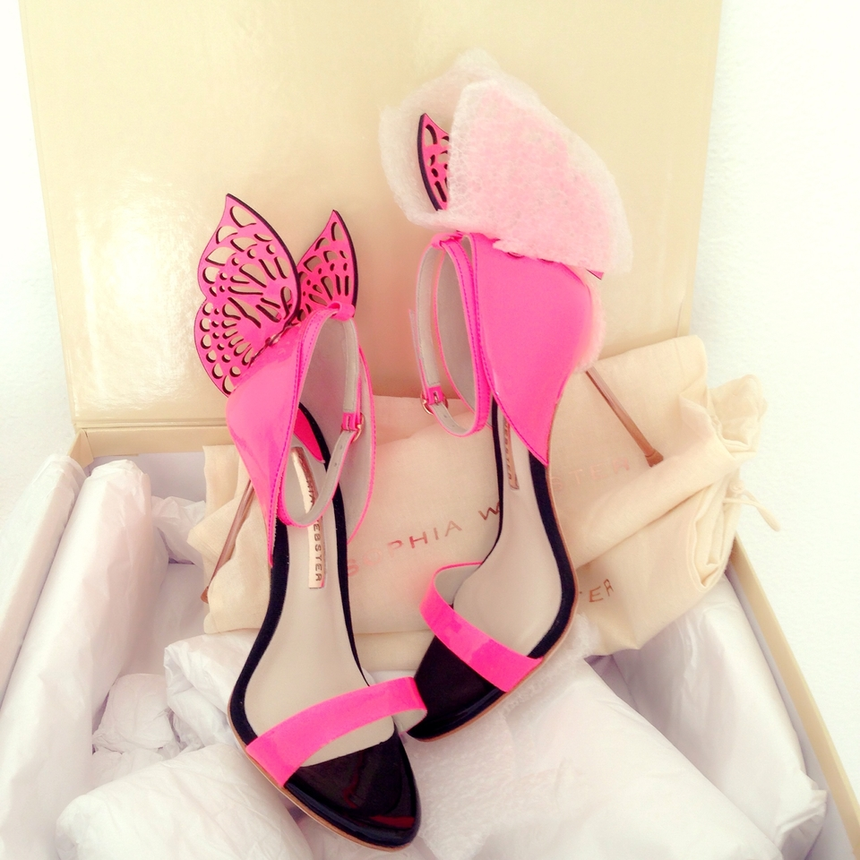 Sophia webster flutura pink sandals