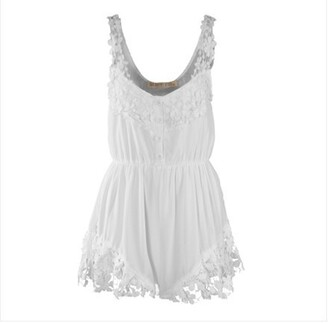 combishort blanche dentelle dress
