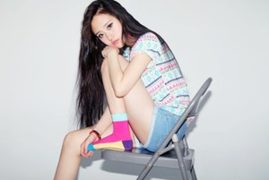 aztec t-shirt colour ulzzang pastel socks print