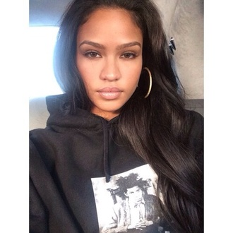 sweater hoodie black graphic sweater cassie ventura cassie nice eyebrows black hoodie picture blouse make-up lipstick lip gloss