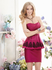 dress,mini train and embelished lace,scoop neckline and natural waistline,sleeveless satin prom dress
