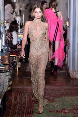 dress lily donaldson maxi dress gold runway model lace lace dress keyhole dress fashion week 2017 see through haute couture paris fashion week 2017