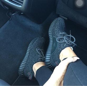 shoes kanye west
