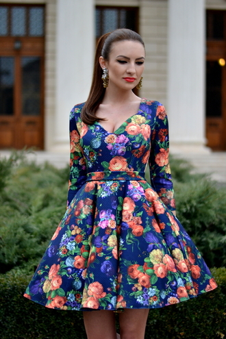 my silk fairytale blogger dress roses floral dress